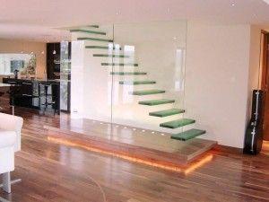 Лестница из поликарбоната